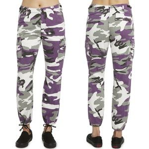 UO Dickies • Girl Juniors' Camo Cargo Pants Purple
